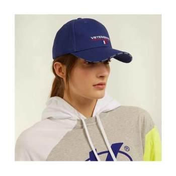 베트멍 로고 베이스볼 캡 블루 $280 → $168