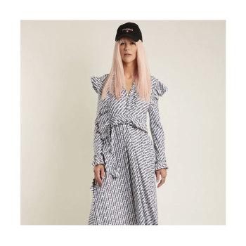 (김정은 착용) 베트멍 로고 프린트 러플 드레스 $2,033 → $1,016