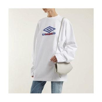 베트멍 X 엄브로 콜라보 우먼 로고 티셔츠 $674 → $226.05
