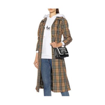 버버리 빈티지 체크 트렌치 코트 1,410유로 → 789.6유로