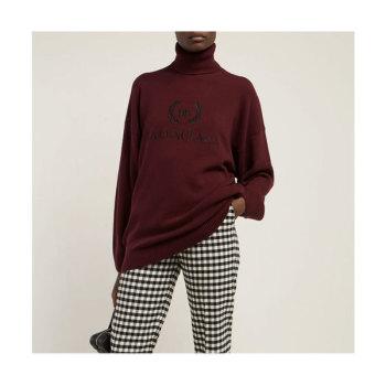 발렌시아가 로고 자수 터틀넥 스웨터 $1,255 → $684
